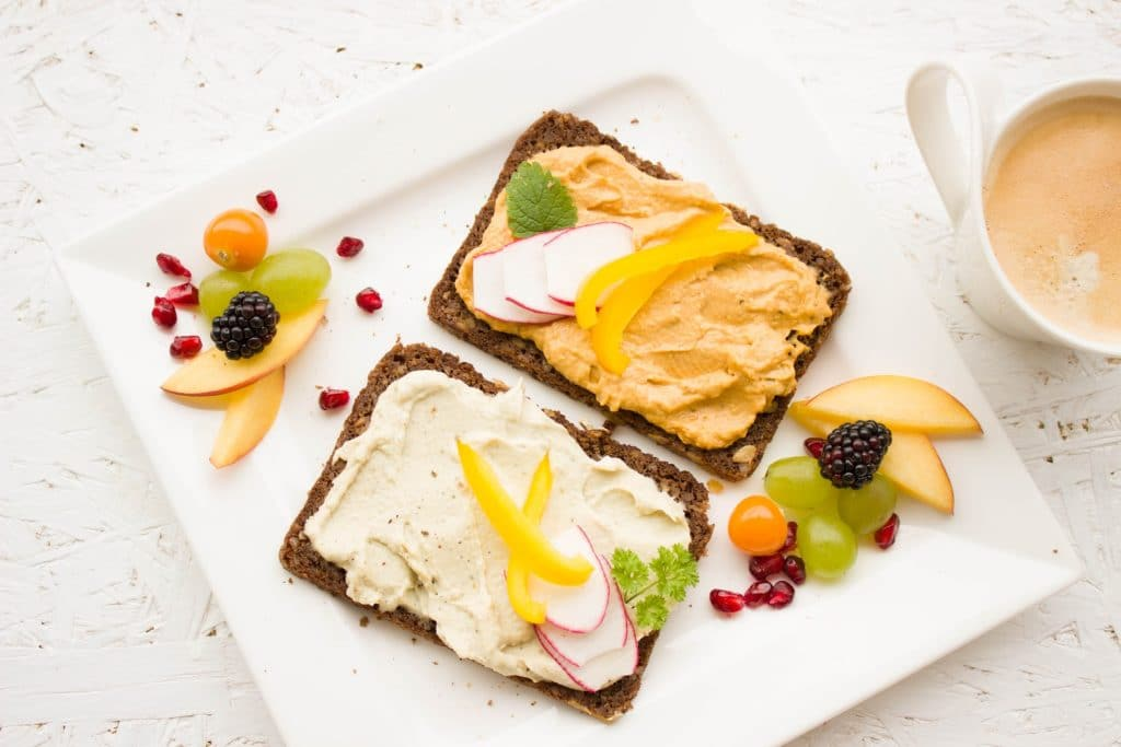 6 Tips For Eating Healthy With A Busy Lifestyle